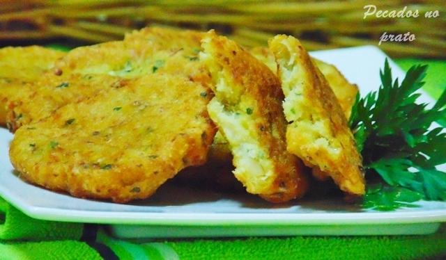 Receita de pataniscas de bacalhau simples e fácil