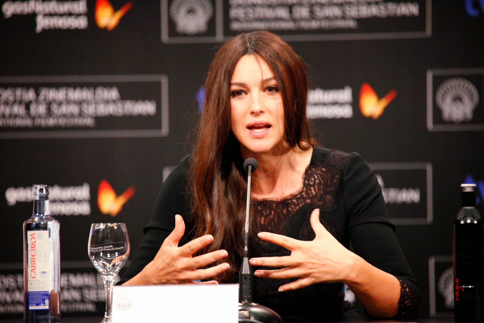 Specter Actress Monica Bellucci HD Images | Monica Bellucci is Oldest Bond Girl in new Film 'Spectre'