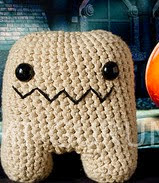 http://www.ravelry.com/patterns/library/amigurumi-monstruo-bipedo
