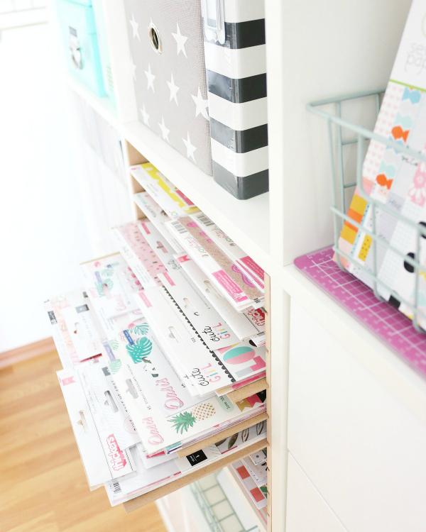 Neue Papieraufbewahrung | EXKLUSIV Regaleinsatz von New Swedish Design