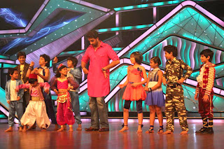 Abhishek, Ajay Devgan and Rohit Shetty at Promotion of 'Bol Bachchan' on Zee Tv's Lil Champs images