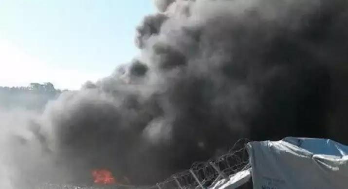 Νέα εξέγερση μεταναστών στη Μόρια Λέσβου-Τελευταία στιγμή σώθηκαν οι υπάλληλοι της Υπηρεσίας Ασύλου
