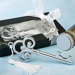 cadeau invité mariage décapsuleur clé