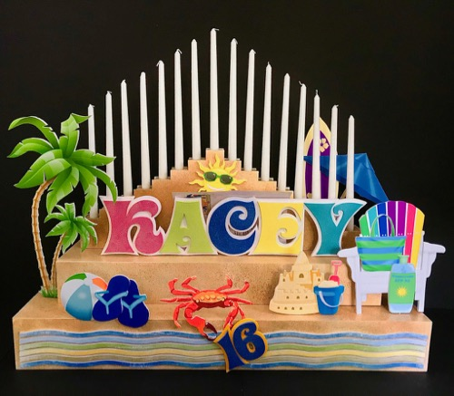 Heres A Beach Themed CANDLE LIGHTING CENTERPIECE