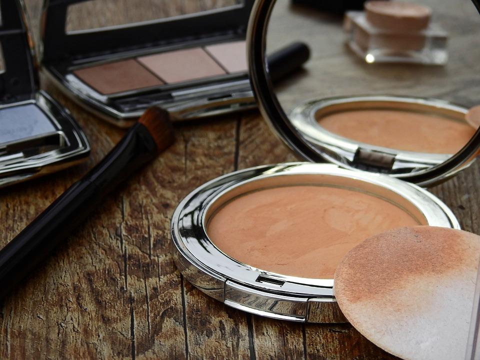 maquillage-nouveaute-boutique-en-ligne-petits-prix-make-up-pas-cher-reductions