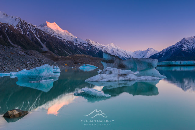 sunrise tasman lake mount cook