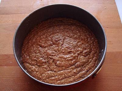 Torta cocco e nutella: versare il composto in uno stampo