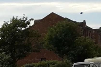 Rekaman Misterius Tunjukkan UFO Hitam sedang Melayang