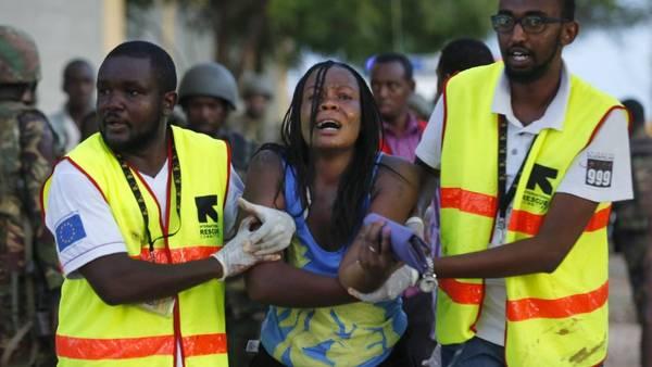Mas de 147 muertos en Kenia por un tiroteo y el mundo calla, sin hacer difusión.