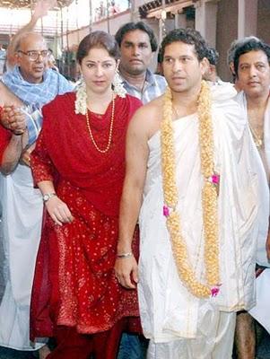 Sachin Tendulkar And Anjali Tendulkar Family Wallpapers Photos