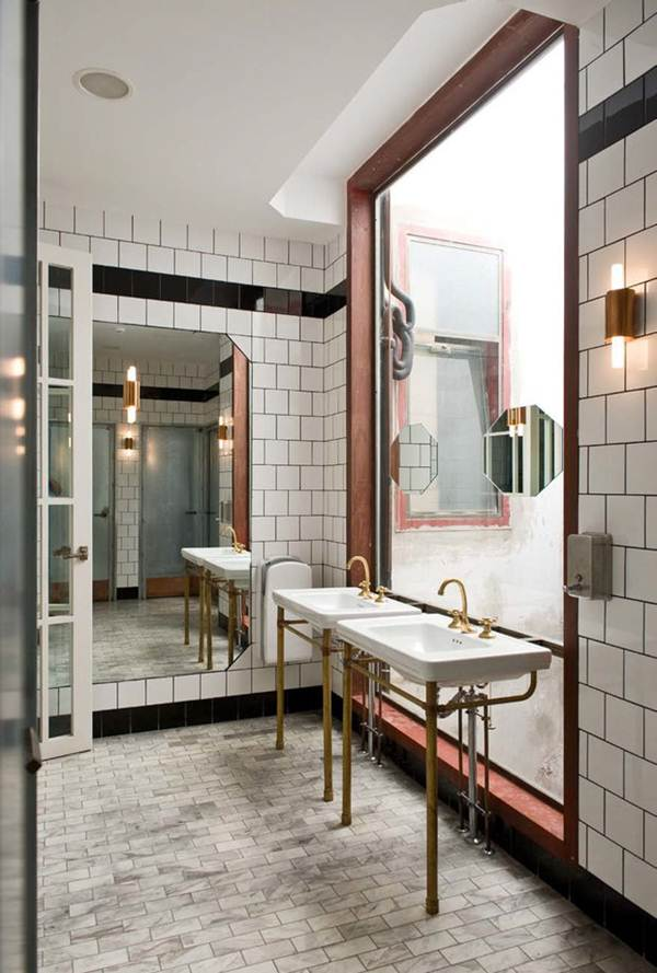 Tips For Getting a Vintage Bathroom 11