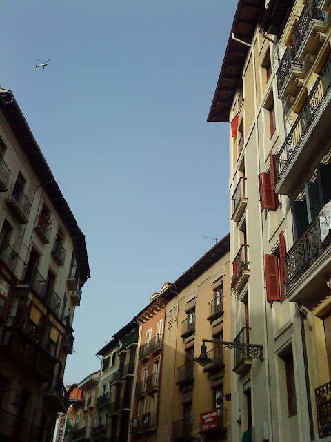 Streets of the Old Town of Pamplona / Callejuelas de Pamplona / Rúas de Pamplona / Author: E.V.Pita 2012