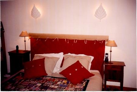 tissu dans la maison. Black Bedroom Furniture Sets. Home Design Ideas