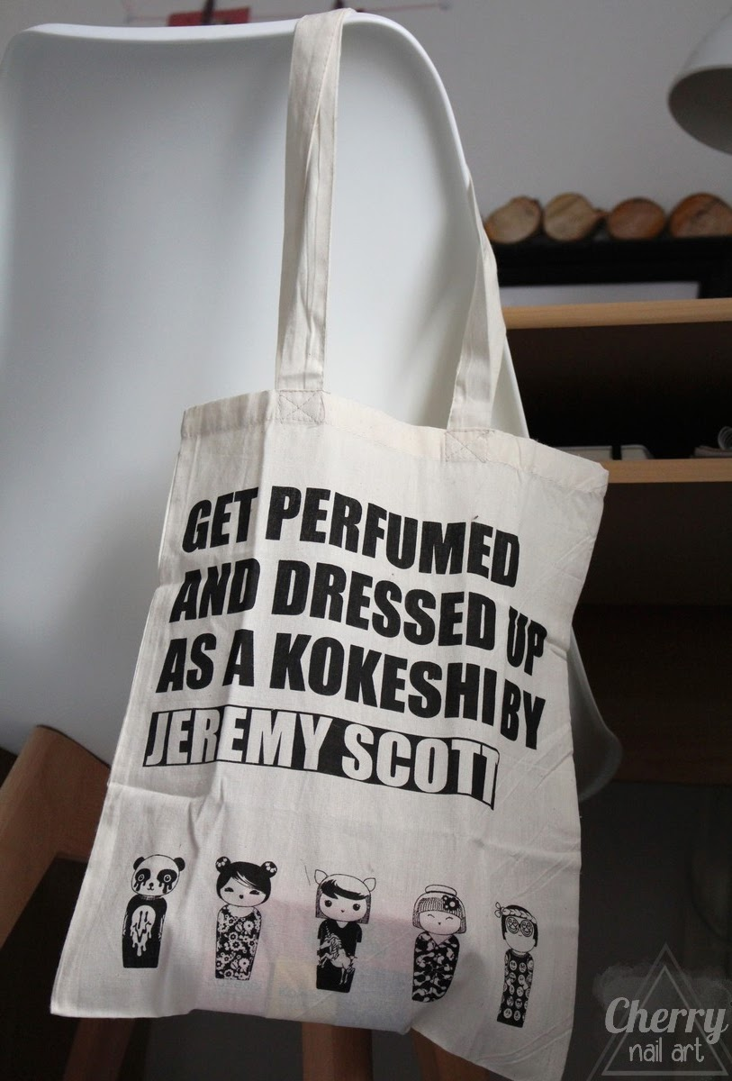 tote-bag-kokeshi-by-jeremy-scott