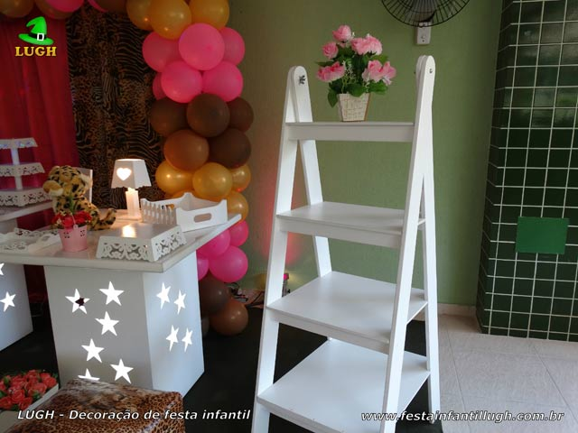 Mesa de aniversário da Oncinha - Festa infantil, teen e adulta