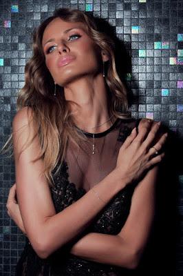 Sanja Papic artis cantik mirip berbie manis dan indah