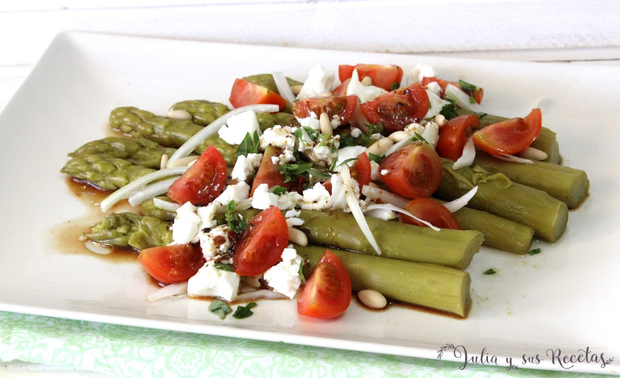 Julia y sus recetas ensalada de esp rragos verdes for Cocinar esparragos