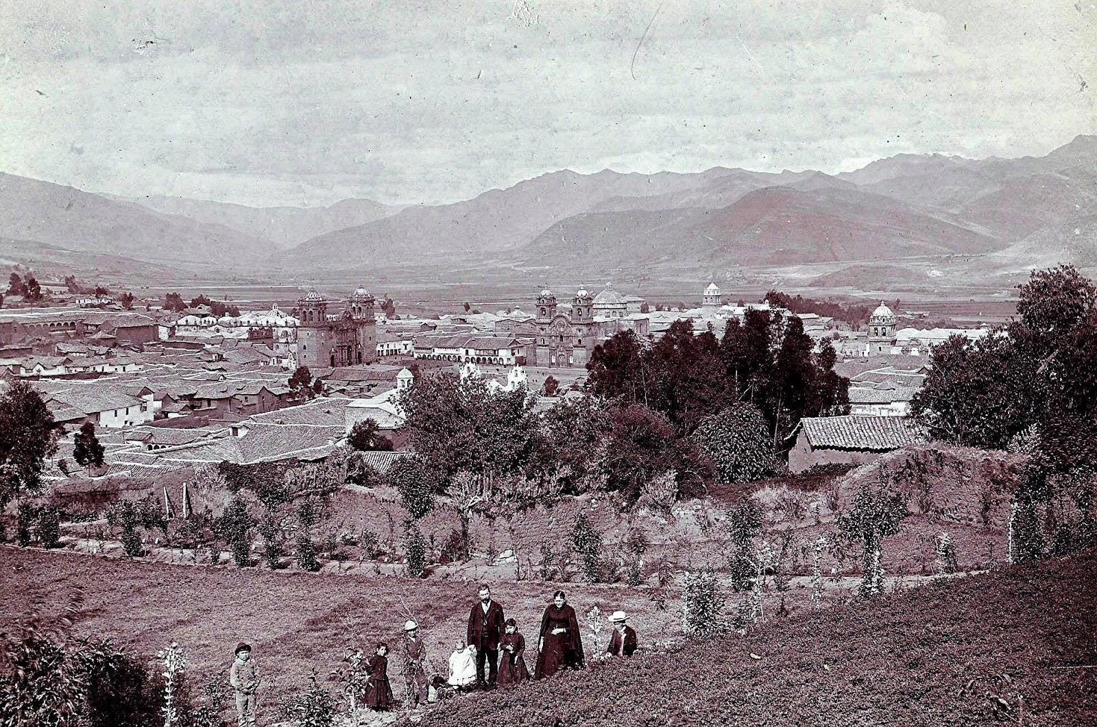 Vista de la ciudad de Cusco desde Santa Ana foto antigua
