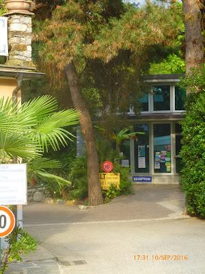 die Rezeption auf dem Campingplatz Riviera am Lago Maggiore