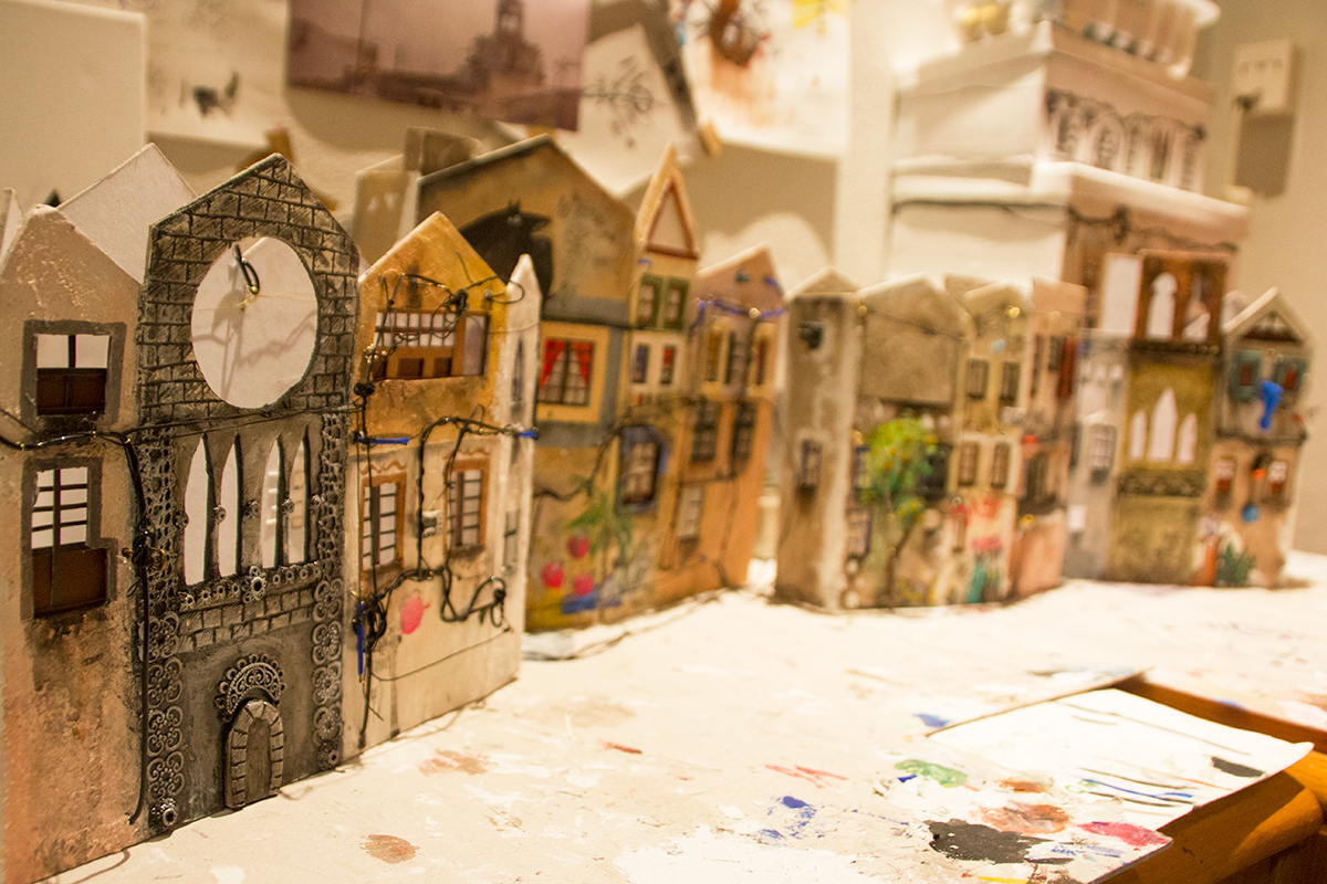 13-Katarina-Pridavkova-Fantasy-Architecture-in-Plaster-and-Clay-Town-www-designstack-co
