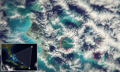 Hexagonal Clouds, Bermuda Triangle Mystery Solved, Scientific Reason of Bermuda Triangle, Micro Burst, Air Burst,