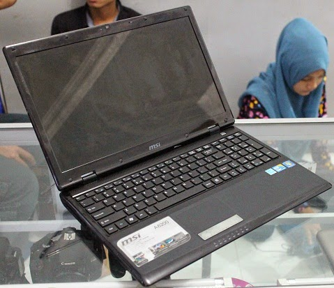 laptop second msi a6200