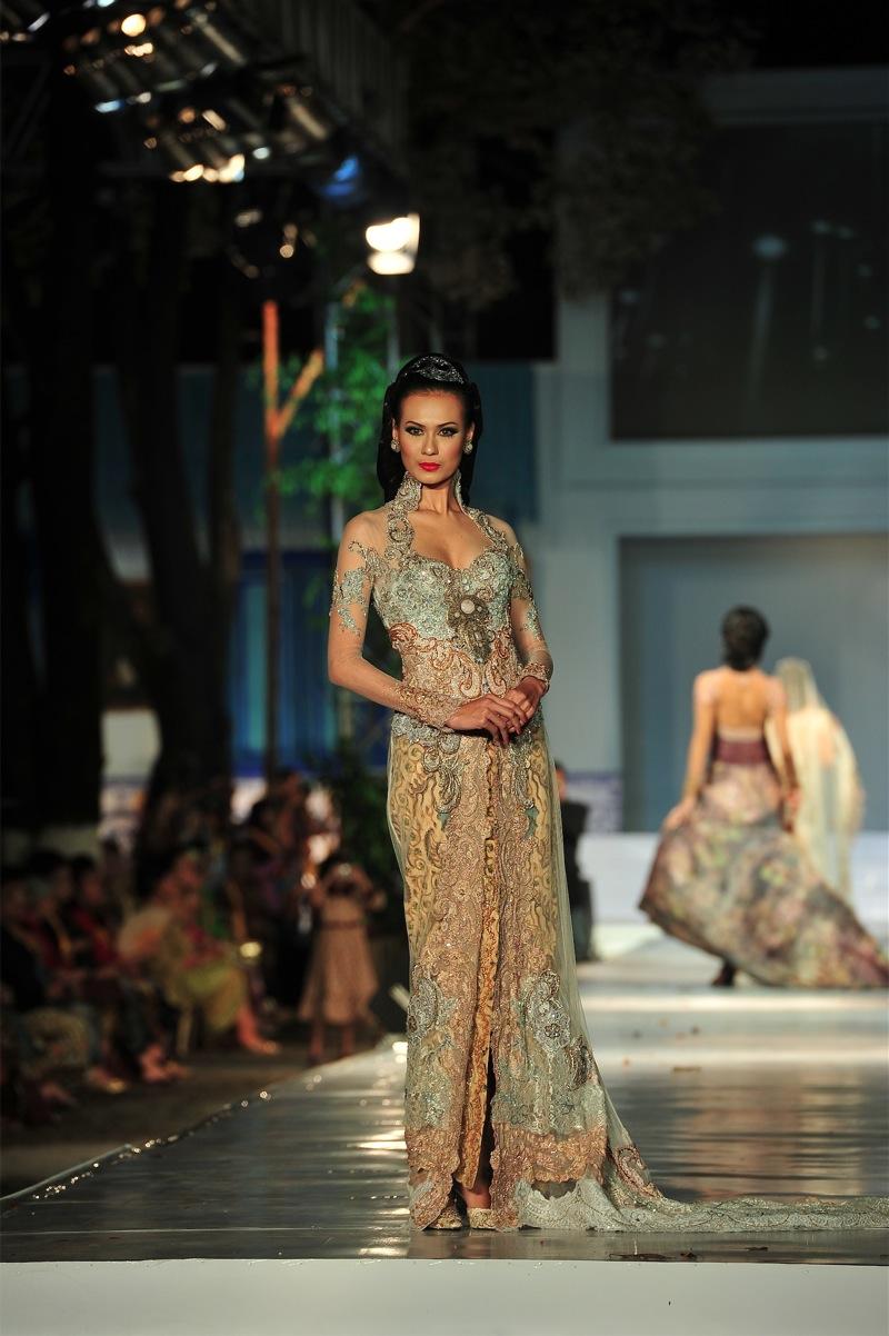 Model Dress Brokat Anne Avantie Gamis Brokat