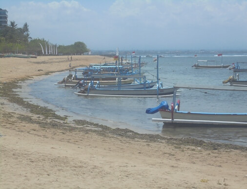 This is a charming white sandy beach amongst romantic sunrise BeachesinBali: Segara Ayu Beach in Sanur, Denpasar - Bali