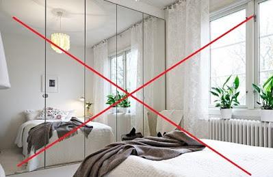 Cách đặt gương trong phòng ngủ họp phong thủy 04