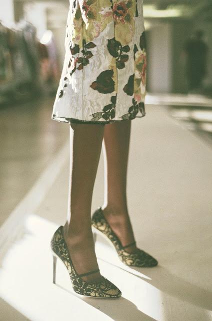 Runway : Oscar de la Renta Spring 2016 Photo by Billal Taright {Cool Chic Style Fashion}