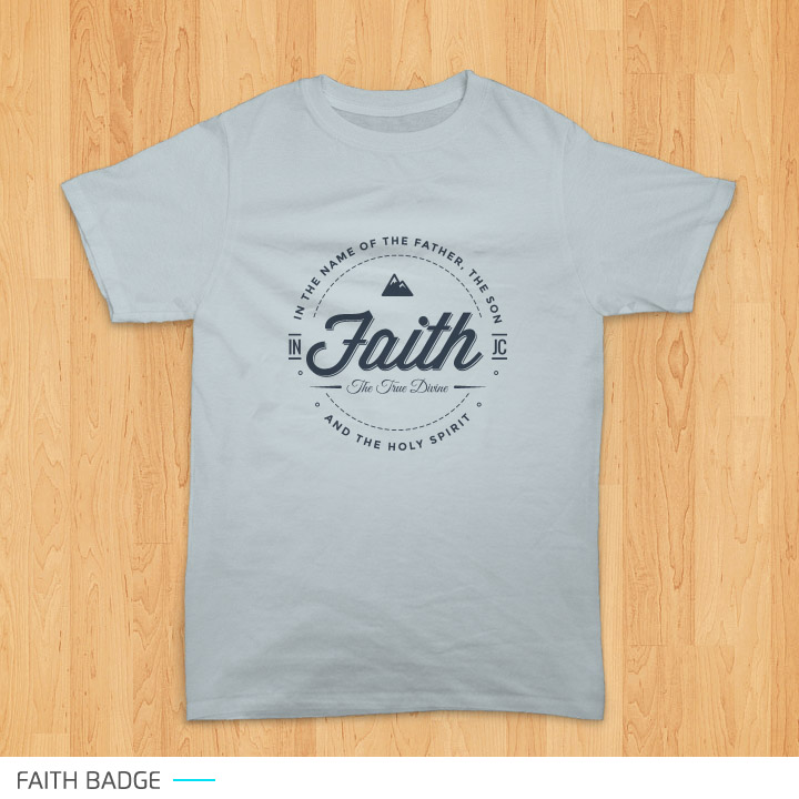Preview desain Faith Badge pada kaos warna abu-abu