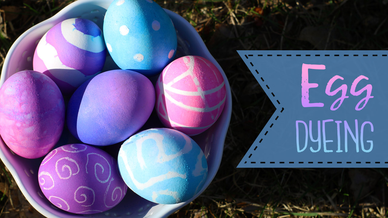 Pugdemonium: 8 Fun Ways to Dye Easter Eggs!