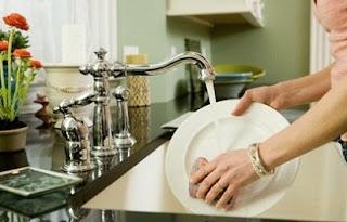 cara membuat sabun cuci piring alami,dari jeruk nipis,cara membuat sabun cuci piring sunlight,cair,cara membuat sabun cuci piring sendiri,sederhana,dari bahan alami,