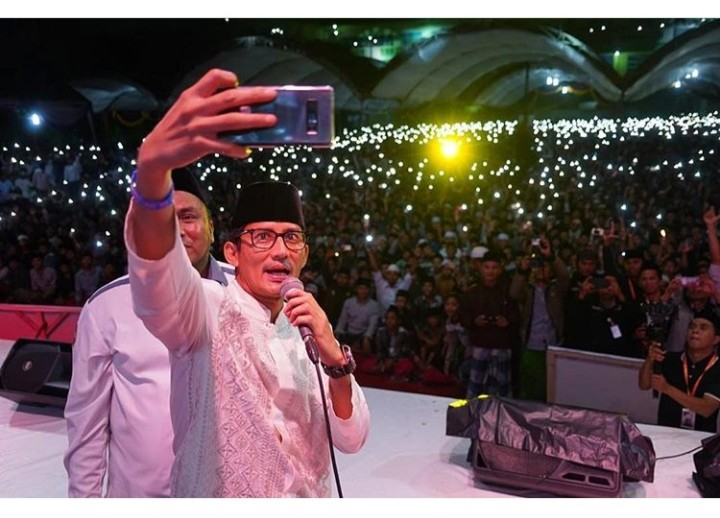 Sandi Kampanye di Pamekasan, Netizen Ungkap Tanda Kemenangan