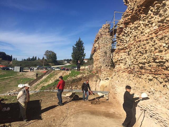 Πρέβεζα: Πρόοδο στις εργασίες των αρχαίων Θεάτρων Πρέβεζας διαπίστωσε ο Στ. Μπένος