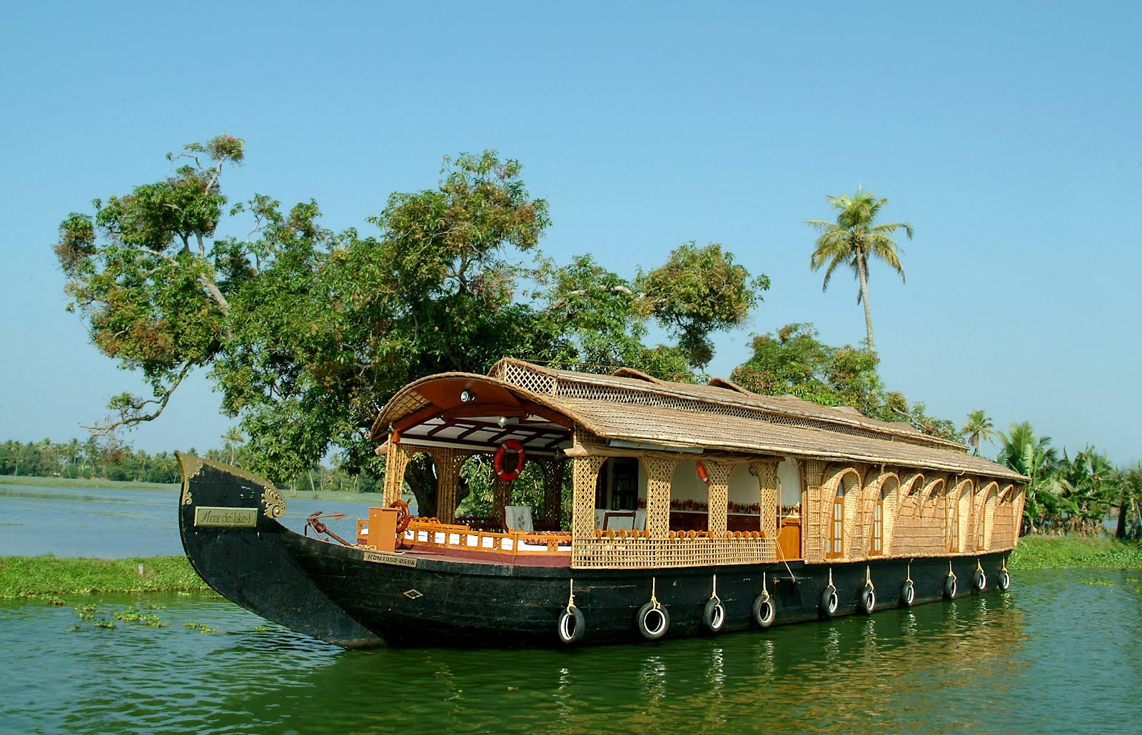 best houseboats in Kerala