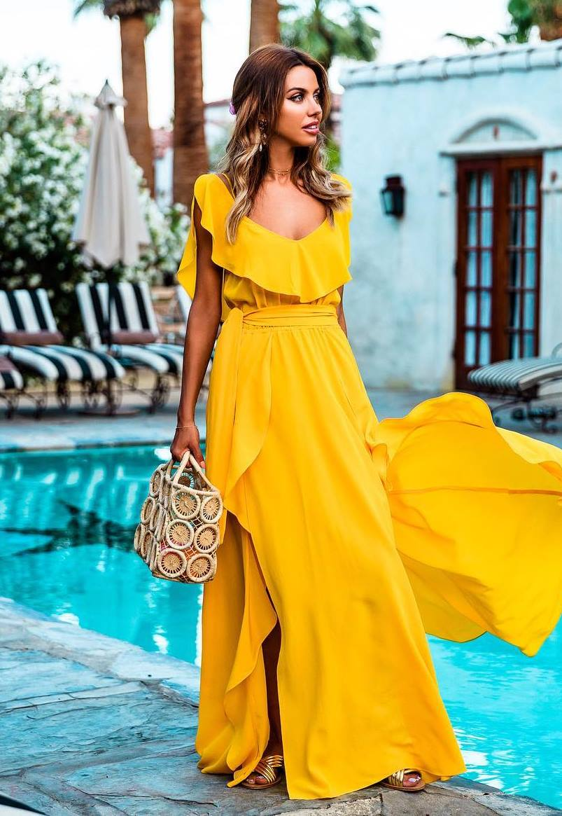 amazing outfit_yellow maxi dress and handbag
