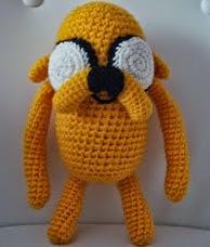 http://amigurumilacion.blogspot.com.es/2013/09/patron-jake-el-perro.html