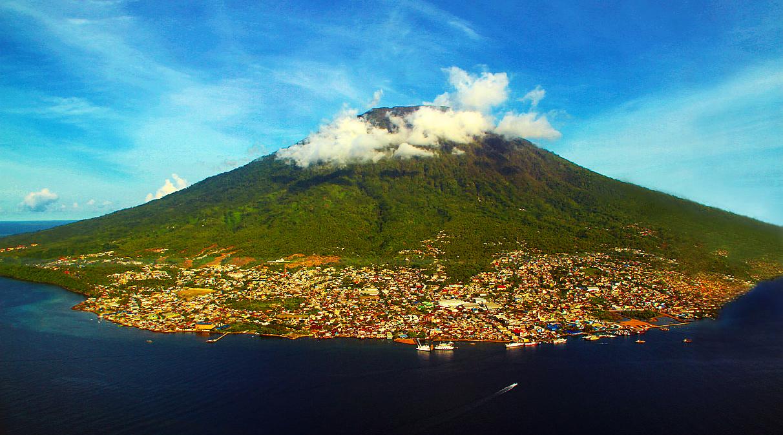 wisata indonesia terbaru cewek naik langit dan eropa paling indah