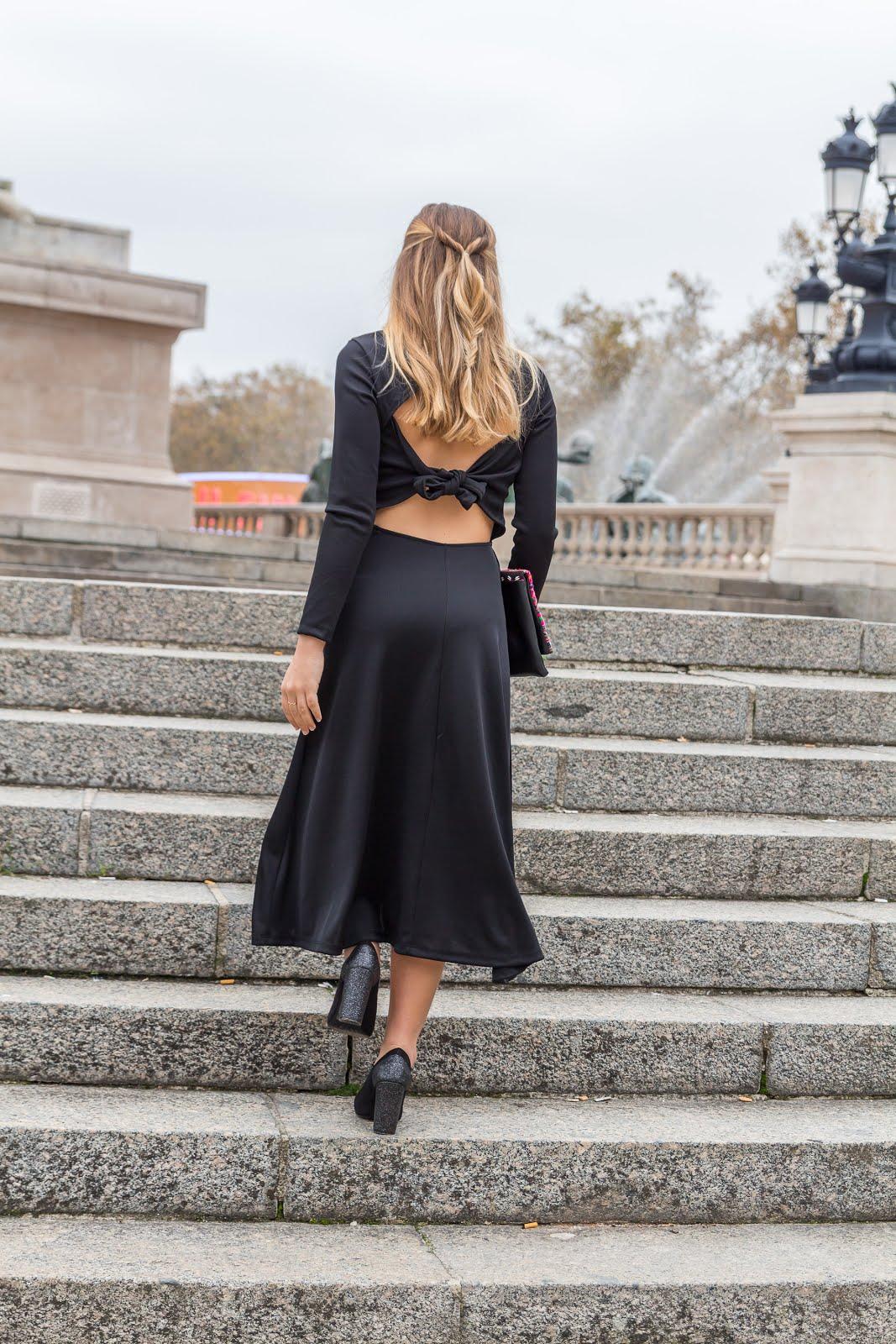 Robe longue noire dos nu