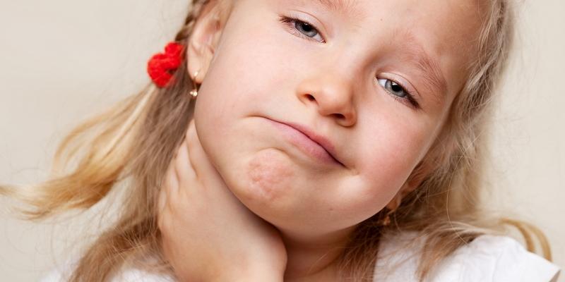 Pengobatan Rumah untuk Radang Kelenjar Gondok (Adenoid) pada Anak-Anak