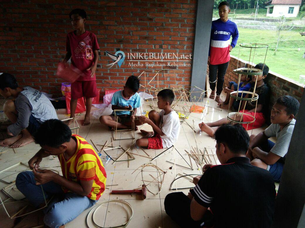 Malam Tahun Baru, 1000 Lampion Apung Bakal Dinyalakan di Poncowarno