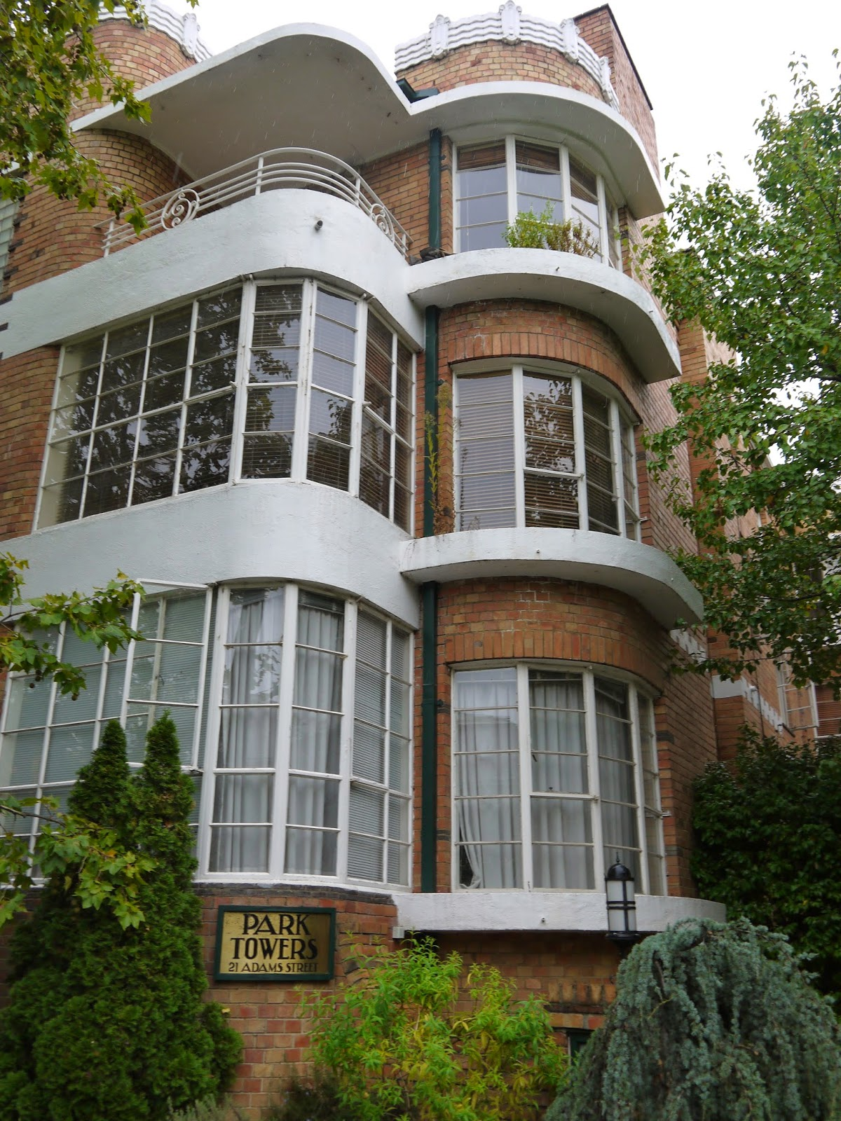 Art Deco Homes Architecture On Pinterest Art Deco House Art Deco And