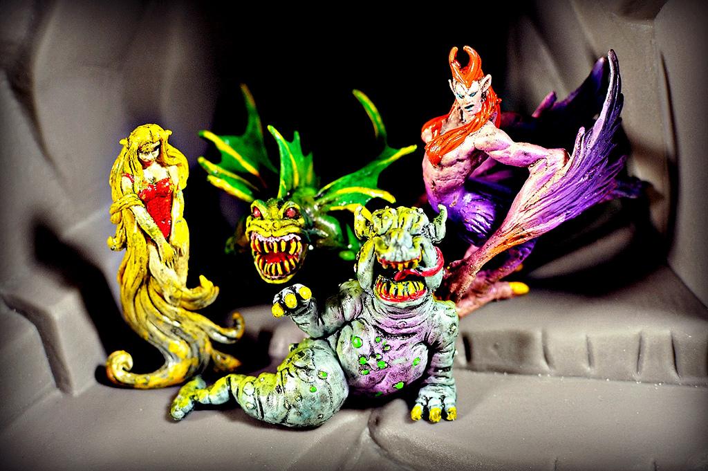 COMIC BITS ONLINE: Monsters In My Pocket -Help!