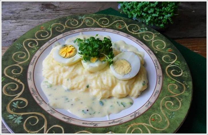 bea 39 s glutenfreie speisekammer landei trifft gartenkresse eier mit kresse senfsauce. Black Bedroom Furniture Sets. Home Design Ideas