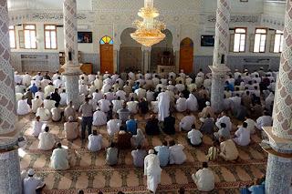 Sunnah yang banyak diabaikan Para Imam dan Makmum