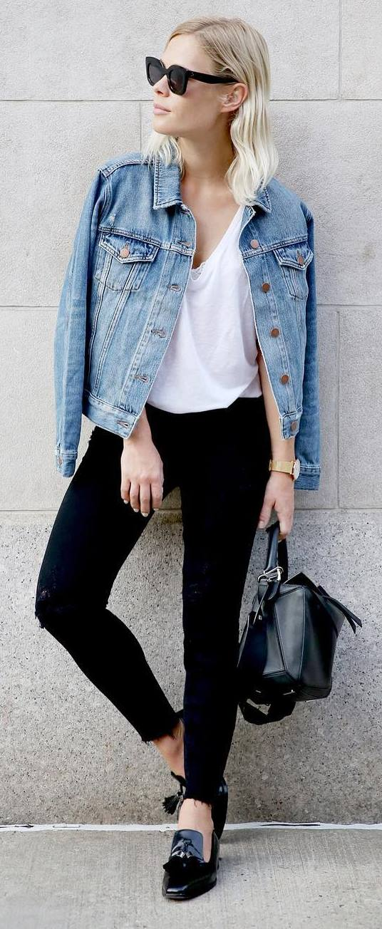 ootd: denim jakcet + top + black rips + bag + sneakers
