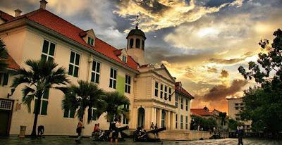 Rental Elf Ke Kota Tua Jakarta