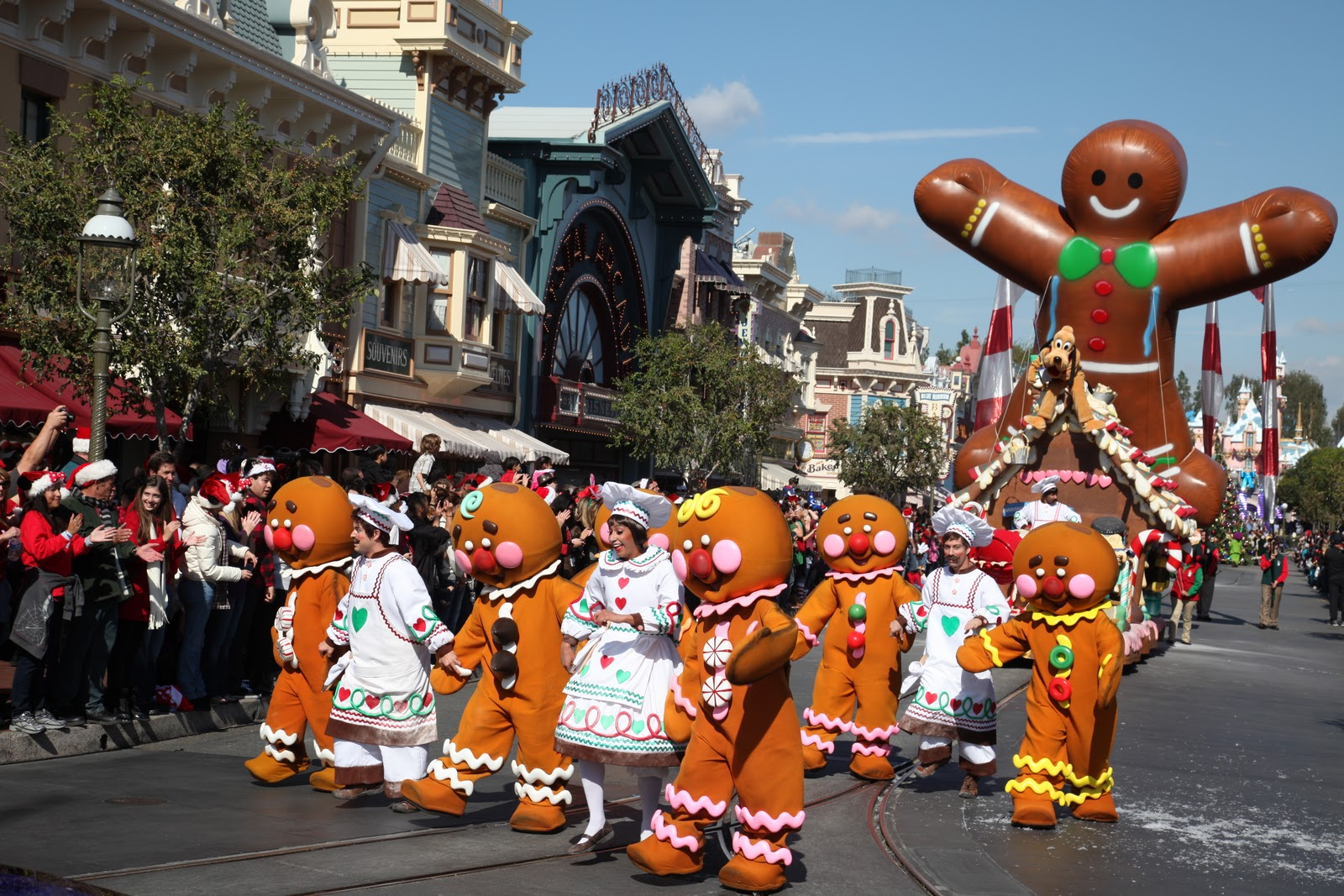 Rocky Coast News Disney Parks Christmas Day Parade Airing