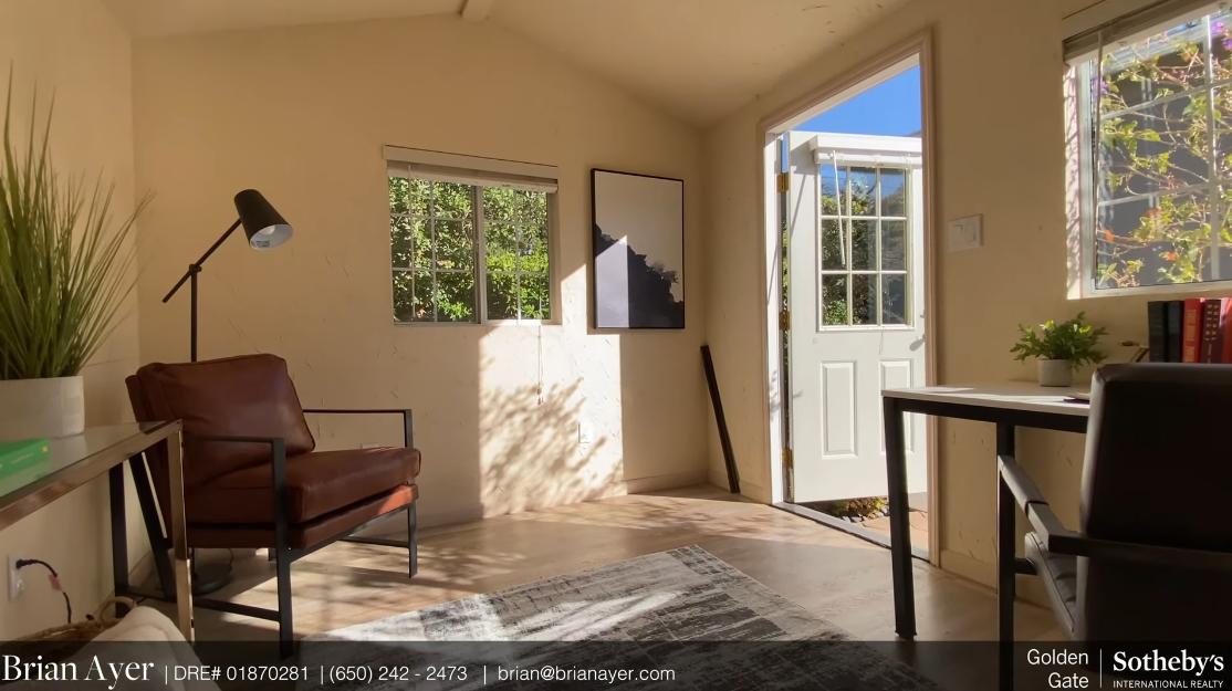 Tour 227 King St, Redwood City, CA vs. 17 Interior Design Photos